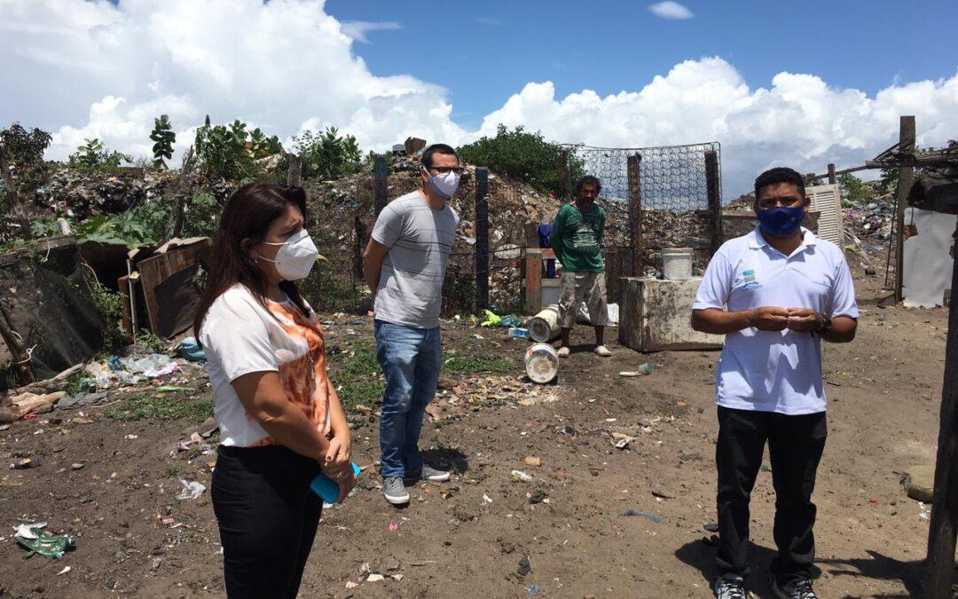 Prefeita Maninha visita lixão e propõe criação de cooperativa de reciclagem