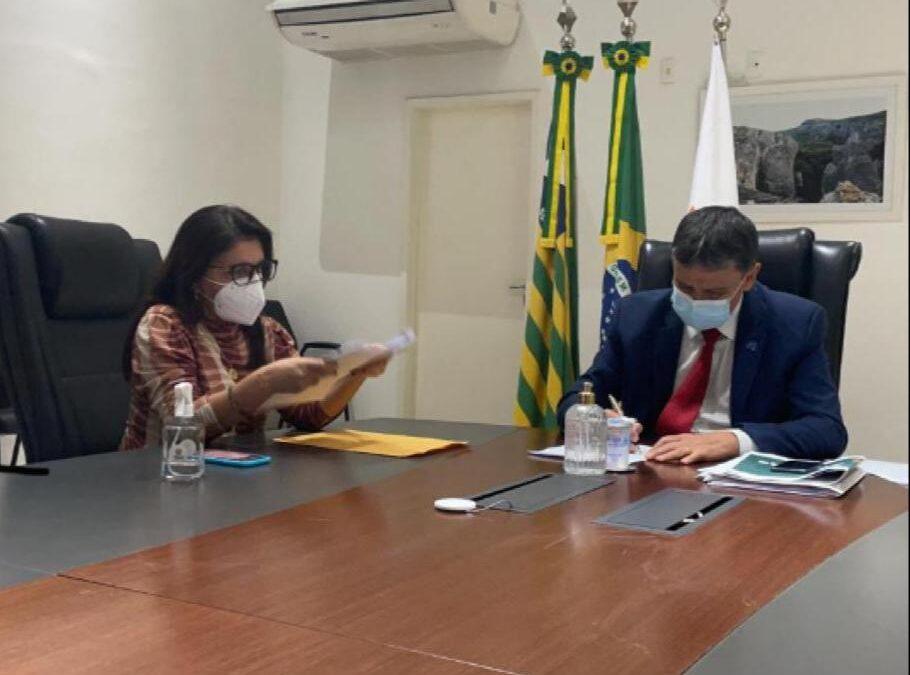 Em reunião com o governador, prefeita Maninha solicita conjunto de investimentos para Luís Correia