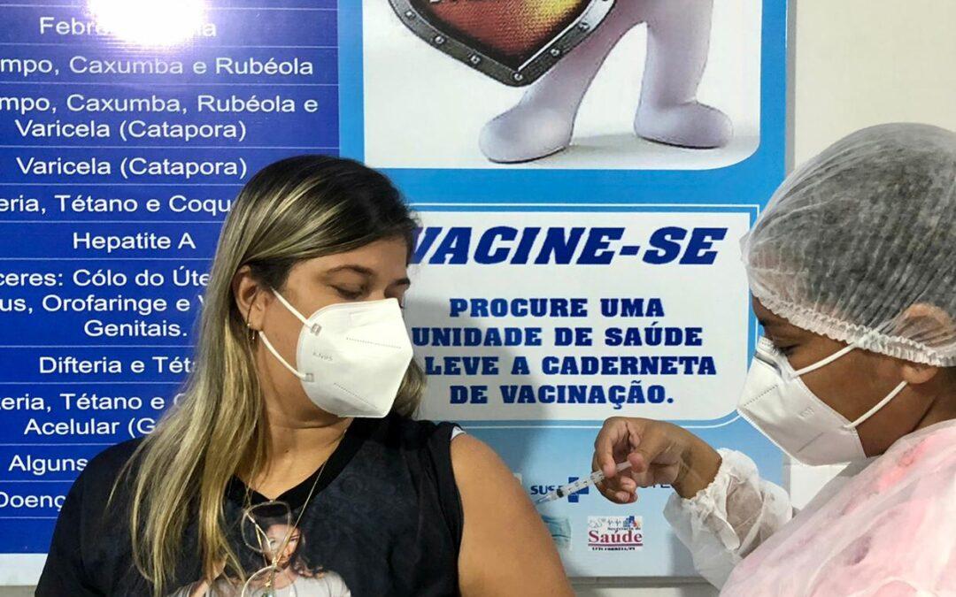 Luís Correia inicia vacinação de 100% dos trabalhadores da educação