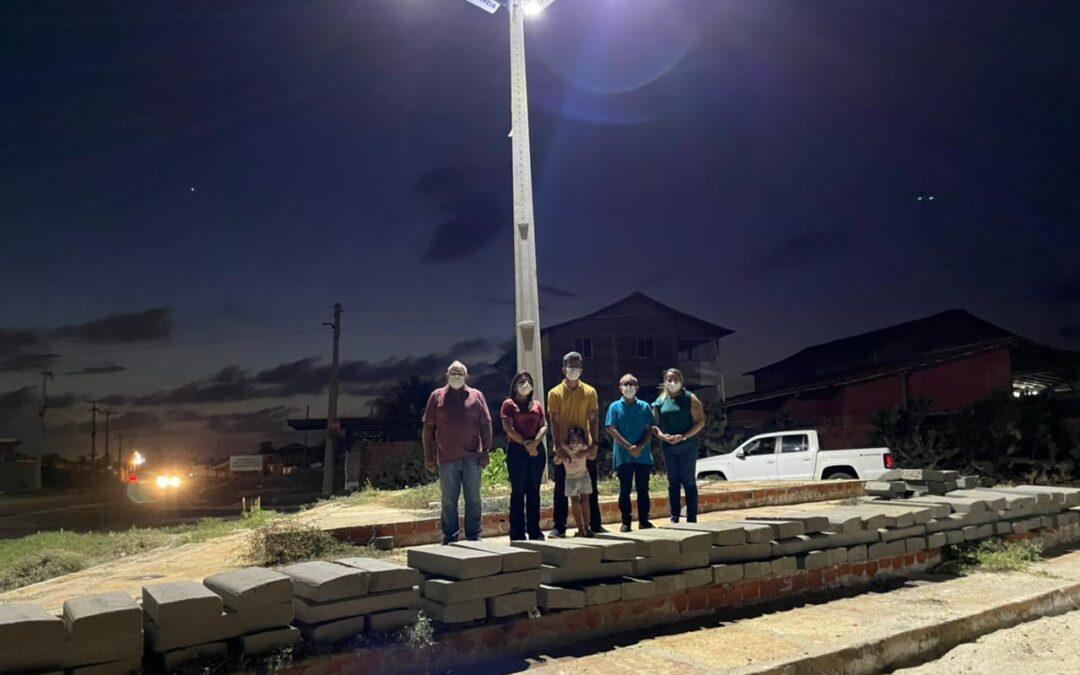 Prefeitura de Luís Correia entrega iluminação da Orla de Atalaia